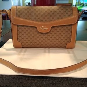 Gucci Shoulder handbag